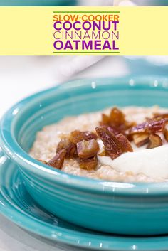 Are mornings typically tough for you? Never skip breakfast again! Here's the perfect oatmeal recipe to keep you energized and excited to take on the day. Slow Cooker Recipes, Crockpot Recipes, Cooking Recipes, Yummy Recipes, Healthy Recipes, Slow Cooker Breakfast, Breakfast Recipes, Perfect Oatmeal Recipe, Cinnamon Oatmeal