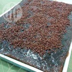 Bolo nega maluca de liquidificador @ allrecipes.com.br - Um dos meus bolos favoritos é o nega maluca (chocolate), que é justamente um dos mais fáceis de fazer.