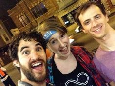 bekahrusert: So… This happened. I guess sometimes it pays for your parents to be late! @DarrenCriss @ Brian_Holden Thanks guys!