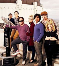Happy taping day fandom! . Look at how precious they are . #tbbt #thebigbangtheory #jimparsons #mayimbialik #kaleycuoco #johnnygalecki #melissarauch #simonhelberg #kunalnayyar #majim #shamy #lenny #howardette