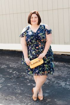 This dress is a mix of all my favorites. We have floral. We have blue. We have a cold shoulder. We have ruffles. Tahari ASL dress from myGwynnie Bee subscription Learn about GB, see over200!! of my looks, and get 30 days free here Vionic wedges – super comfortable and available in wide widths Elaine …
