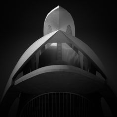 photography B&W long exposure photography workshop Valencia Spain, February - Only 2 places available Photography Workshops, Fine Art Photography, White Photography, Valencia Spain, Santiago Calatrava, Exposure Photography, Black And White, Vulture, Labs