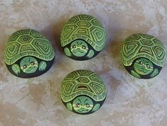 painted rock animal craft - painted rock animal craft Source by - Turtle Painting, Pebble Painting, Pebble Art, Stone Painting, Dot Painting, Turtle Painted Rocks, Painted Rock Animals, Hand Painted Rocks, Painted Turtles