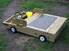 Beach Away From Home: 8 Cool Sandboxes That Inspire Play