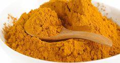 """Po staletí je med známý jako skvělý produkt, který má léčivé vlastnosti. Totéž lze říci o kurkumě, ta získala popularitu v Asii. Co se stane, když smícháte tyto skvělé produkty jako je med a kurkuma. Podělíme se s vámi o skvělý recept na """"zlatý mix"""", který nahradí množství léků, posílý imunitní systém a ušetří spoustu …"""