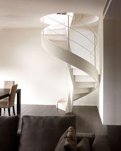 Wendeltreppe Design aus weißem Holz Spiral staircase design of white wood Spiral Stairs Design, Staircase Design, Loft Staircase, Spiral Staircase, Beton Design, Concrete Design, Villa Design, Stairs Architecture, Architecture Design