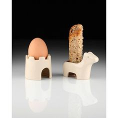 Takae Mizutani and sons Egg And Soldiers Breakfast Set (1,425 DOP) ❤ liked on Polyvore featuring home and kitchen & dining