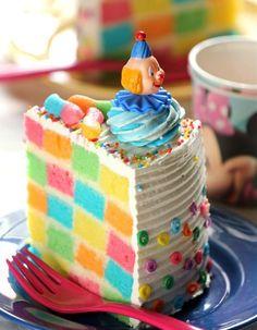 Rainbow cake damier