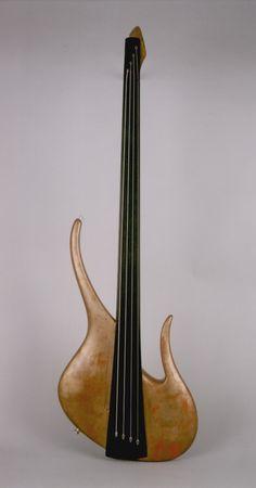 Gold Fretless Vorne Bass