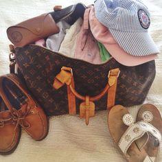 preppy things Stylish Clothes - Source by - Preppy Mode, Preppy Girl, Preppy Style, My Style, Classic Style, Adrette Outfits, Preppy Outfits, Stylish Outfits, Preppy Wardrobe
