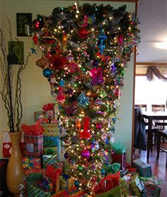 1000+ images about Upside Down Christmas Trees on ...