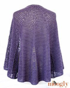 Branching Out Shawlette - FREE crochet pattern on Mooglyblog.com!