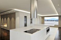 designer k che architektenhaus allgemeinkonzept beleuchtung dekorative wandpaneele ideen rund. Black Bedroom Furniture Sets. Home Design Ideas