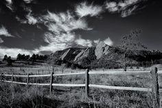 The Flatirons Under a Cirrus Sky. Boulder, Colorado, November 9, 2015 – The Photography Blog of Daniel Joder
