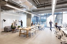 Gallery of Bench Accounting Office Interiors / Perkins+Will – 4 – Office lounge Open Space Office, Office Space Design, Modern Office Design, Workspace Design, Office Workspace, Office Interior Design, Office Interiors, Office Designs, Commercial Office Design