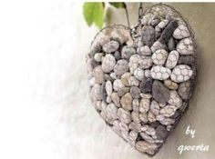 Pebble and Stone Crafts - Unique Stone Heart - DIY Ideas Using Rocks, Stones and Pebble Art - Mosaics, Craft Projects, Home Decor, Furniture and DIY Gifts You Can Make On A Budget