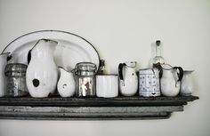 I love collections of enamelware  ****
