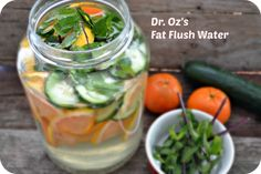 Oz Fat Flush Water recipe: Try this Dr. Oz Fat Flush Water recipe, or contribute your own. Detox Drinks, Healthy Drinks, Healthy Food, Healthy Water, Eating Healthy, Healthy Recipes, Fat Flush Water, Summer Detox, Cucumber Detox Water