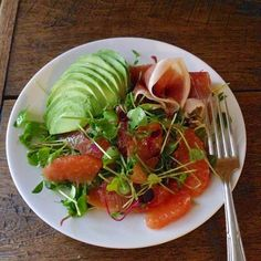 cooking light's grapefruit, avo, and prosciutto salad