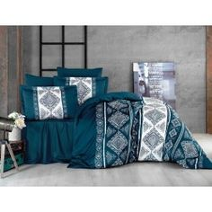 Una dintre cele mai de lux  este gama Satin Bumbac , cunoscuta si ca Satin Deluxe. Lenjeriile din aceasta gama ofera un confort exceptional datorita materialului de inalta calitate si foarte fin la atingere. De asemenea, tesatura este foarte rezistenta atat la rupere cat si la decolorare, imprimeul fiind realizat cu o tehnologie de ultima generatie. Satin, Comforters, Blanket, Furniture, Home Decor, Amazon, Calypso Music, Cotton, Creature Comforts