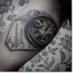 black and grey broken pocket watch tattoo design ideas