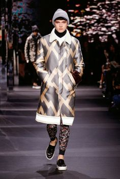 PARISIAN SWAGGER IN THE  MONCLER GAMME ROUGE FALL/WINTER  2014-2015 PARIS  MENSWEAR COLLECTION /   GIAMBATTISTA VALLI MAKES A DEBUT FOR MONCLER GAMME ROUGE IN PARIS CREATING  TRUE PARISIAN SWAGGER.