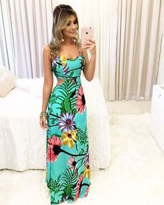 Open back and side maxi dress Cute Dresses, Beautiful Dresses, Fabulous Dresses, Stylish Outfits, Cute Outfits, Maxi Floral, Dress Outfits, Fashion Dresses, Dress Skirt