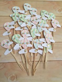 12 Hot Air Balloon Cupcake Toppers