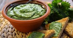 nokkospesto, nokkonen, pesto A Food, Food And Drink, Guacamole, Hummus, Pesto, Cantaloupe, Dairy Free, Herbalism, Healthy Living