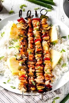 Grilled Hawaiian Chicken Kabobs - this is my new favorite grill recipe! the chicken is so juicy and flavorful and the sweet and sour Hawaiian Sauce (that doubles as a marinade) is out of this world! Chicken Kabob Recipes, Chicken Menu, Kebab Recipes, Chicken Flavors, Grilling Recipes, Salad Recipes, Healthy Recipes, Healthy Foods, Healthy Heart
