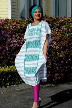 Vibrant huipil Handwoven and Hand Embroidered by Vtgantiques