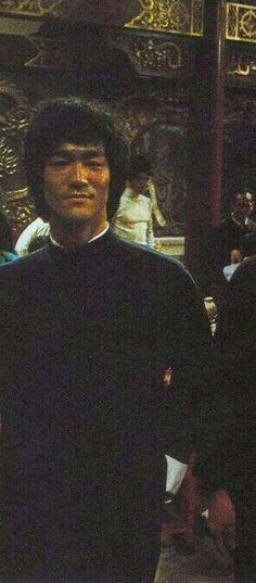 Enter The Dragon Bruce Lee on set