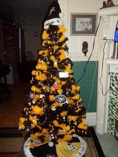 Pittsburgh Steelers Christmas Tree