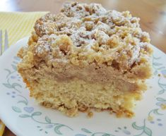 Homemade Double Crumb Cake The Country Cook - This Homemade Double Crumb Cake has double the crumb topping for double the flavor! A New York and New Jersey homemade bakery favorite for generations! No Cook Desserts, Just Desserts, Delicious Desserts, New York Crumb Cake Recipe, Crumb Coffee Cakes, Crumb Cakes, Cinnamon Crumb Cake, Coffe Cake, Cinnamon Rolls