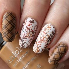 Photo shared by Tessa on November 01, 2020 tagging @hellomaniology, and @loudlacquer. Image may contain: one or more people and closeup, text that says '@tessa.lyn.nails .nails S aniol nail lacque PO GART ART'. Stamping Nail Polish, Nail Stamping Plates, Nail Stamping Designs, Nail Polish Colors, Plaid Nail Art, Plaid Nails, Autumn Nails, Fall Nail Art Autumn, Acrylic Nails For Fall