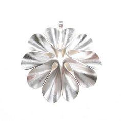 Silver Earrings Clip On Metal Clay Jewelry, Leaf Jewelry, Jewelry Crafts, Silver Earrings, Silver Jewelry, Diy Jewelry Making, Earrings Handmade, Jewelry Design, Bracelets