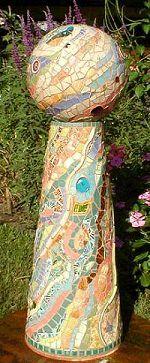 garden mosaic bowling ball  http://lagniappemosaic.com/PhotoGallery1.htm
