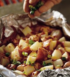 Grilled Smoky Cheddar Potatoes Packs