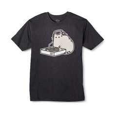 Pusheen the Cat DJ Men's T-Shirt , Grey (17 CAD) ❤ liked on Polyvore featuring men's fashion, men's clothing, men's shirts, men's t-shirts, grey, mens gray dress shirt, mens patterned t shirts, mens print shirts, mens graphic t shirts and mens cat shirt