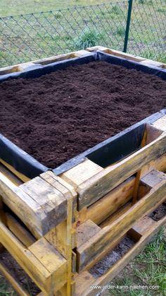 DIY raised bed of pallets build DIY Hochbeet aus Paletten bauen Build a DIY raised bed out of pallets -