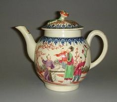 A Worcester teapot and cover - circa 1770