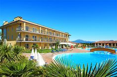 Hotel Bella Italia - Peschiera del Garda ... Garda Lake, Lago di Garda, Gardasee, Lake Garda, Lac de Garde, Gardameer, Gardasøen, Jezioro Garda, Gardské Jezero, אגם גארדה, Озеро Гарда ... Welcome to Hotel Bella Italia Peschiera del Garda. Holiday park Bella Italia offers you a newly built hotel, Hotel Bella Italia, which is especially designed for families to give both parents and children alike a fantastic and unforgettable holiday. The hotel is only 150