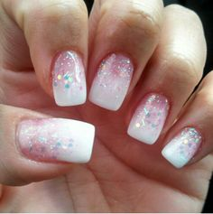Pink & white with glitter. Ombre French Nails, French Tip Acrylic Nails, French Tip Nail Designs, Bling Acrylic Nails, Nail Art Designs, Pink White Nails, Coral Nails, Spring Nails, Summer Nails