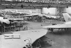 Vulcan assembly lines at the Avro Chadderton factory Military Jets, Military Aircraft, B1 Bomber, Vickers Valiant, Anti Flash, V Force, Avro Vulcan, New Aircraft, Military Pictures