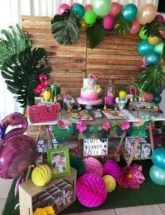 Mis Ideas en Detalles's Birthday / Flamingo Party - Photo Gallery at Catch My Party Flamingo Party, Flamingo Birthday, Luau Theme Party, Festa Party, Birthday Party Decorations, Hawaiian Birthday, Luau Birthday, Birthday Parties, Hawaiian Theme