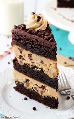 Butter Cookie Dough Brownie Layer Cake is one decadent, rich dessert! Brownie & peanut butter cookie dough are layered together and topped with chocolate ganache & peanut butter frosting! Peanut Butter Cookie Dough Brownie Layer Cake is one Cookie Dough To Eat, Cookie Dough Brownies, Cookie Dough Recipes, Cookie Dough Frosting, Cookie Dough Cupcakes, Cake Brownies, Cookie Cakes, Brownie Cupcakes, Brownie Desserts