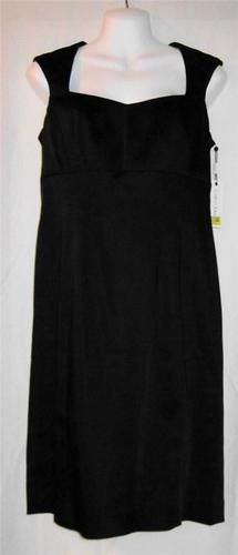 $34.99 Calvin Klein Size 10 Dress NEW NWT Womens Size 10 Dress Ladies Black Dress NICE