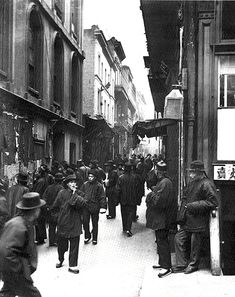 COMMUNITY: San Francisco Chinatown, Ross Alley from Jackson Street, c.1898