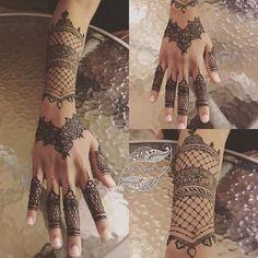 Boka tid för ,fest, hennafest, bröllop, möhippa och tjejkväll  #hennaparty #hennatattoo #hennadesign #brunhenna #hennaisverige #henna #hennaartist #hennawedding #hennaart #hennanight #hennatattoos #hennalove #hennastain #hennafun #hennamehndi #hennainspire #hennainspire #tattoo #tattoos #tattooedgirls #tatoo #tatuering#sverigetatuering #södetäljetjejer #sverige #malmötatoo#Linköpingsbröllop #linköpingsbutik #linköpingsfrisör #linköpingsfest #art #artist #party #marrige #sweden