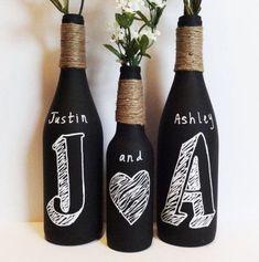 Veja mais de 75 modelos de artesanato com garrafas de vidro e aprenda como reutilizar garrafas de vidro para fazer artesanatos lindos.